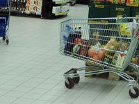 Romanii au mancat zahar, fructe si telemea mai scumpe in decembrie. Rata anuala a inflatiei s-a situat sub prognoza BNR
