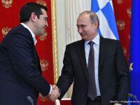 Tsipras merge in Rusia sa se vada cu Putin, chiar in momentul reuniunii cruciale a Eurogrupului. Miza care provoaca iritare in UE si la Washington