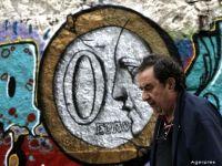 O firmă din Suedia cumpără datornicii Greciei. Creditele neperformante au ajuns la 45% din totalul creditelor bancare elene