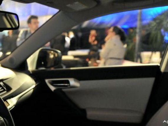 Toyota si Nissan recheama in service 3 milioane de masini la nivel mondial. Se pot produce explozii periculoase la  declansarea airbag-urilor