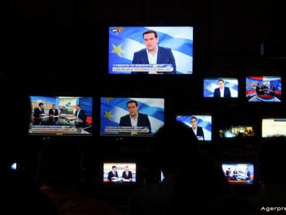 Tsipras:  Cum sa platim azi FMI-ul, cand bancile au fost sufocate?  Varoufakis: Ne adresam justitiei europene, tratatele nu prevad iesirea din zona euro si nu o acceptam. S P retrogradeaza Grecia la CCC-