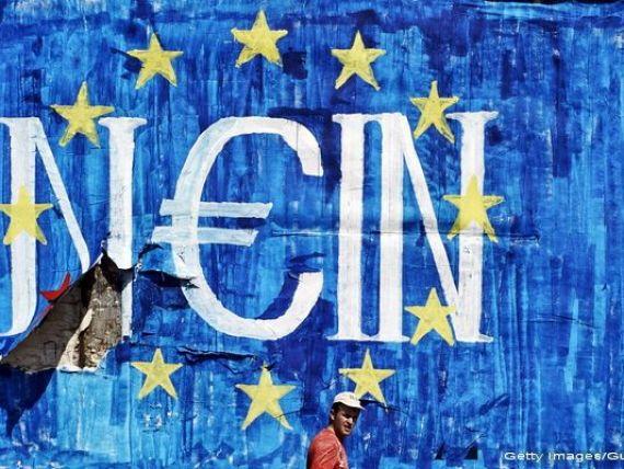 Grecia redevine o problema in zona euro. Intarzierea unui acord cu creditorii internationali determina grecii sa isi retraga banii din banci, riscand sa genereze o noua criza