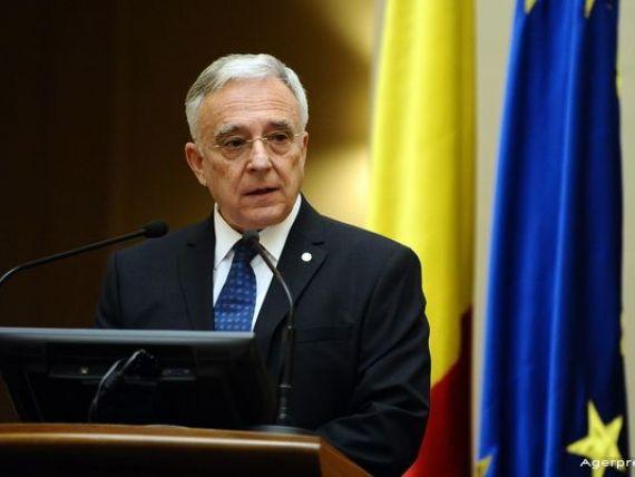 Isarescu:  Programul de guvernare anticipeaza o constructie bugetara cu multe noutati.  Care sunt riscurile pentru economie in epoca PSD
