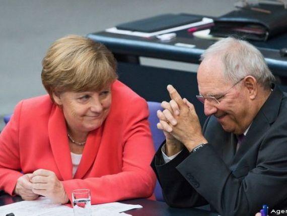 Bundestag aproba cu o majoritate covarsitoare inceperea negocierilor pentru al treilea program de asistenta financiara pentru Grecia
