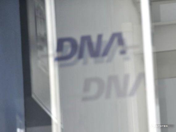 Fostul sef al ANAF Serban Pop si fosta sefa DIICOT Alina Bica, retinuti de DNA. Horia Simu, urmarit penal
