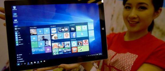 Bloomberg: Windows 10 ruleaza pe 75 de milioane de dispozitive, la patru saptamani de la lansare. Comparativ, Windows 8 a vandut 40 mil. licente in prima luna