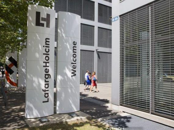 LafargeHolcim Ltd, cel mai mare producator mondial de ciment, anunta noi reduceri de costuri dupa ce profitul in T2 a fost sub estimari