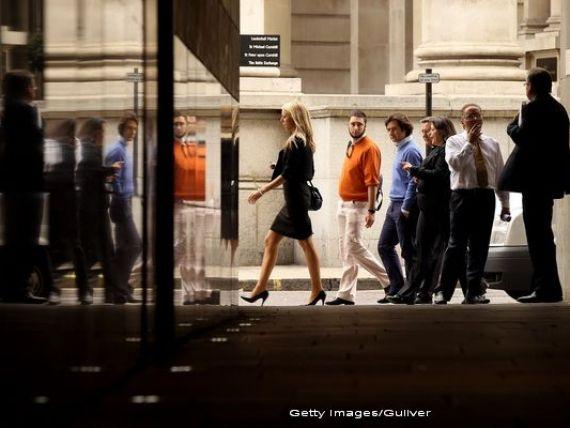 Bonusurile platite in Marea Britanie se apropie de nivelul anterior crizei: peste 40 mld. lire sterline/an. In ce domeniu se castiga cei mai multi bani