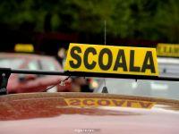8 politisti si 11 instructori auto, retinuti in dosarul permiselor de conducere obtinute ilegal. Sumele uriase de bani, gasite la perchezitii