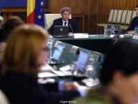 Dacian Ciolos a tinut prima sedinta de Guvern, la Palatul Victoria. A cerut ministrului Finantelor schita bugetului, pana sambata