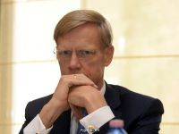 Profitul Raiffeisen Bank in Romania a fost de 98 mil. euro, in 2015, in scadere fata de anul anterior