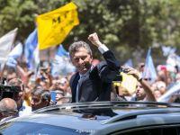 Moneda argentiniana s-a depreciat cu 47% dupa eliminarea controalelor asupra capitalului introduse acum patru ani