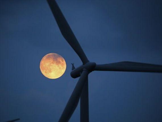 Temperaturile ridicate vor duce la electricitate gratuita in Germania. Producatorii ar putea ajunge sa-i plateasca pe consumatori sa ia energie din retea