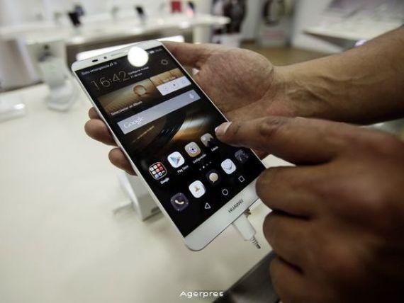 Huawei a vandut peste 100 de milioane de smartphone-uri in 2015 si s-a apropiat de Samsung si Apple, pe locul 3