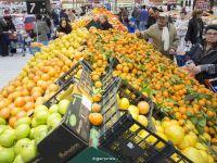 Nou record de cumparaturi in Romania. Vanzarile din magazine au sarit pentru prima data chiar peste boom-ul economic din 2008. Cum comenteaza fenomenul analistii economici