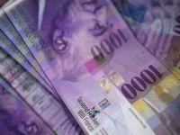 Inca o incercare a Elvetiei de a slabi francul supraevaluat. Banca centrala mentine dobanda cheie si intervine pe pietele valutare