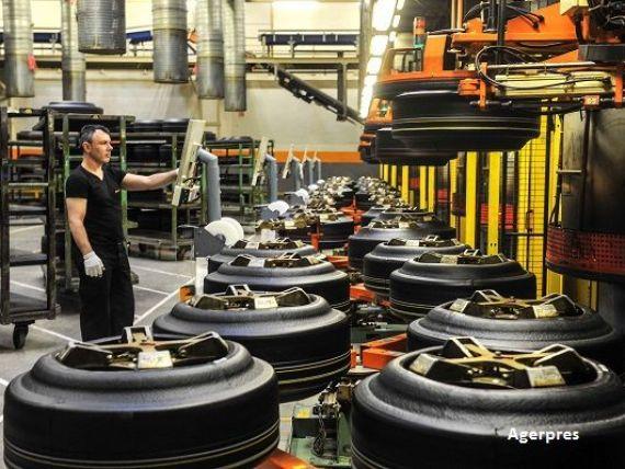 Gigant auto german cu peste 20.000 de angajaţi în România face concedieri masive, din cauza eliminării motoarelor cu combustie internă