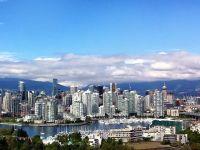 """Chinezii """"cumpara"""" Canada. O treime din locuintele vandute in Vancouver, achizitionate de asiatici. Pretul mediu, 1,8 mil. dolari canadieni"""