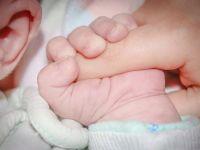 Cum crește Ungaria natalitatea. Guvernul a preluat șase clinici de fertilizare in vitro și subvenționează tratamentele