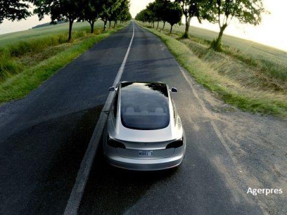 Tesla vrea sa deschida o  megafabrica  in Europa. Ce tari vizeaza