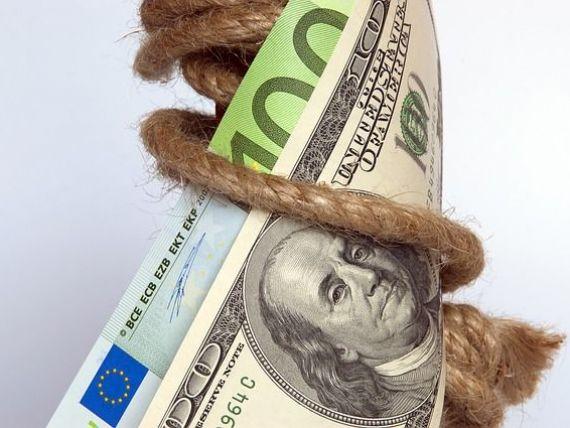 Maxim istoric pentru dolar la BNR, dupa ce Fed a decis sa majoreze dobanda de politica monetara. Euro depaseste pragul de 4,52 lei