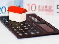 Consecintele darii in plata: cursul a depasit 4,5 lei/euro, iar bancile majoreaza avansul la ipotecare. Isarescu: Bancile isi vor apara dreptul de proprietate
