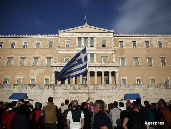 Grecia, din nou cu temele nefacute. Ministrii de Finante din zona euro cer Atenei noi reforme, pentru a continua programul de asistenta financiara
