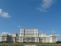 BERD: Romania si Muntenegru, campioanele Europei de Est la crestere economica. Toate agentiile de rating recomanda tara noastra pentru investitii