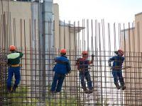 Angajatorii au peste 24.000 de joburi vacante, la nivel național, cele mai multe pentru muncitori, agenți de pază și vânzători