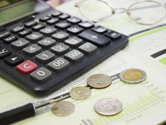 Scumpirile au accelerat pe final de an. Rata anuală a inflației a urcat la 3,3%, în decembrie, cel mai ridicat nivel din 2013