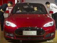 Tesla Motors lanseaza doua versiuni mai ieftine Model S, care ar putea circula pe soselele din SUA pana in iulie
