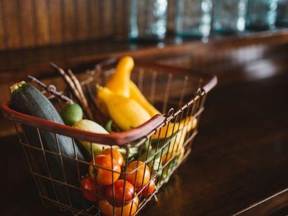 Romanii cumpara cel mai mult dintre europeni. Comertul cu amanuntul, in crestere cu 13,5%, cel mai mare ritm anual dintr-o tara a Uniunii Europene