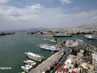 Grecii vand chinezilor legendarul port Pireu, in schimbul banilor de la creditorii internationali