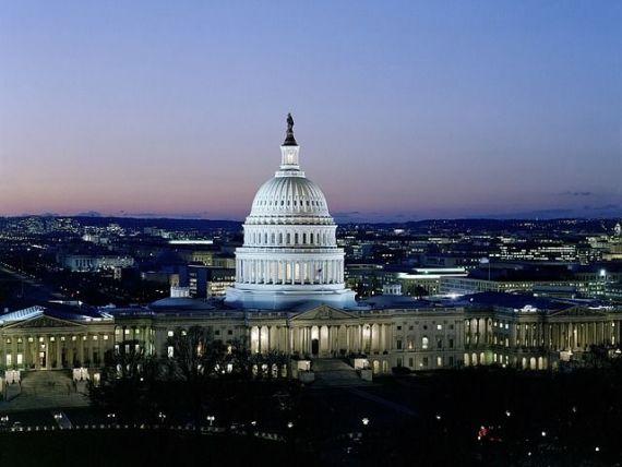 SUA au ieșit din  shutdown . Congresul SUA a aprobat proiectul de finanţare a bugetului federal