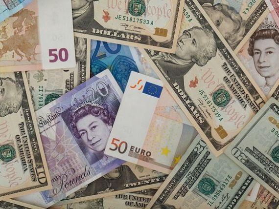 Leul se depreciaza pe linie. Euro sare de 4,47 lei, la BNR