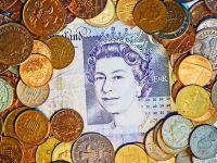 S&P revizuieste in scadere estimarile de crestere economica pentru zona euro si pentru Marea Britanie, ca urmare a Brexitului. Cat va pierde Regatul din PIB, dupa ruperea de UE