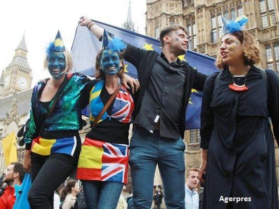 Protestul  Brexshit : peste 40.000 de britanici au iesit in strada, nemultumiti de iesirea Regatului din UE. Lagarde: Europenii trebuie sa iasa cu fruntea sus din dezamagirea provocata de Brexit