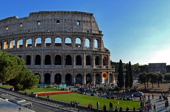 Italia, noua problemă a Europei. Comisia Europeană atrage atenția asupra derapajelor bugetare, noua coaliție respinge  dictatele  de la Bruxelles