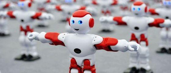 Colegul nostru, robotul. Două treimi dintre angajați au mai multă încredere în roboți decât în șefii lor și sunt încântați de Inteligența Artificială