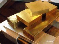 BCR a vandut trei tone de aur, in ultimii opt ani. Cine sunt romanii care isi investesc banii in lingouri