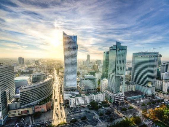 Guvernul de la Varsovia vrea sa preia subsidiarele UniCredit si Raiffeisen din Polonia, pentru a-si majora controlul asupra sectoului bancar