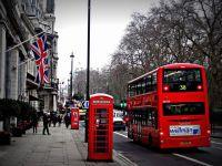 Imigrantii de la Londra ies, luni, in strada, pentru a sublinia contributia lor la economia tarii. Daca fiecare strain n-ar munci o zi, Marea Britanie ar pierde 4% din PIB