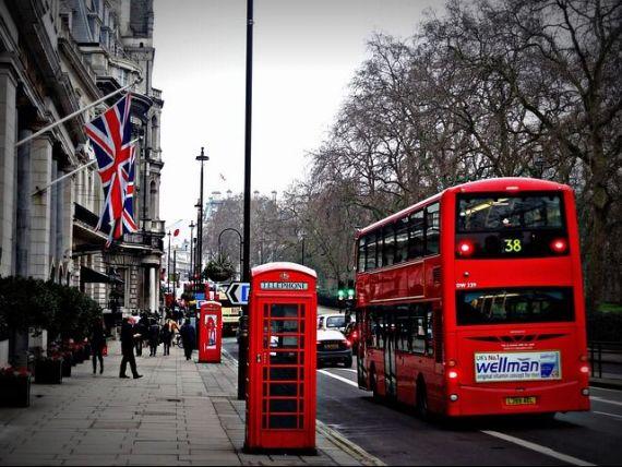 Cea mai mare lovitura pentru Marea Britanie, dupa Brexit. Toti gigantii japonezi s-ar putea retrage din Regat, pe fondul incertitudinii provocate de iesirea din UE
