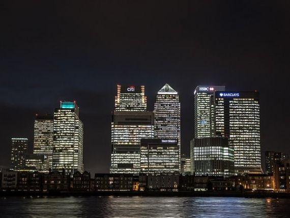 Cel mai inalt bloc de locuinte din Londra va fi construit de chinezi. Cum va arata   Spire London  , cladirea de 235 de metri, in valoare de 800 mil. lire