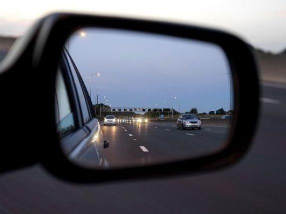 Productia nationala de masini scade cu 6,5%, insa piata auto creste cu 16%. Ce marci auto prefera romanii