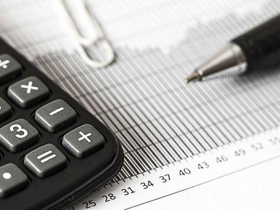 Comisia Europeană a revizuit în sus estimările privind creşterea economiei. Care sunt riscurile la adresa României