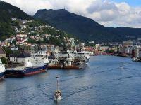 Prabusirea pretului petrolului si scandalul Dieselgate de la Volkswagen aduc Norvegia pe deficit, pentru prima data din anii '90