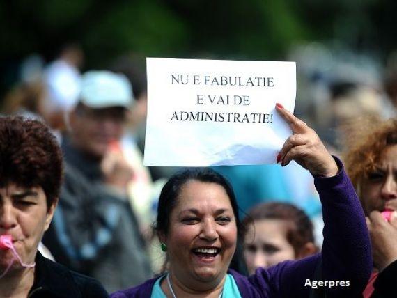 Functionarii publici ameninta cu greva generala, incepand cu 31 octombrie. Angajatii statului cer norma de hrana si vouchere de vacanta