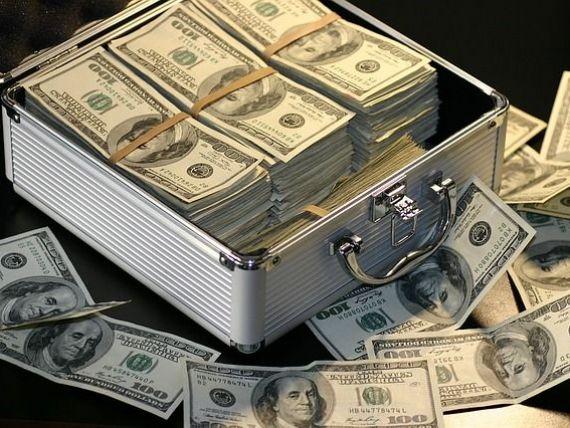 FMI: Datoriile inregistrate la nivel mondial au ajuns la 152.000 de miliarde de dolari, dublul economiei globale