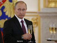 Rusia, in contradictie cu restul lumii. Bursa de la Moscova si rubla cresc, dupa ce Donald Trump a castigat alegerile in SUA. Putin, intre primii sefi de stat care l-au felicitat